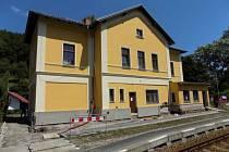 Železniční stanice Mlýny.
