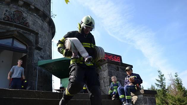 Soutěž hasičů O srdce kamenné dámy.