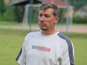 TRENÉR DOBKOVIC Zdeněk Štol má do spokojenosti daleko.