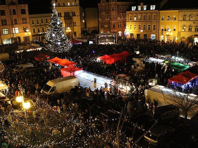 Rozsvěcení vánočního stromu v Děčíně.