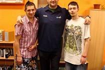 Basketbalisté BK Děčín oplatili návštěvu Dětskému domovu v Krupce.