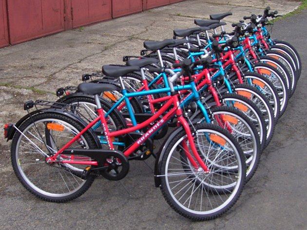 Nová kola jsou dětem již k dispozici.