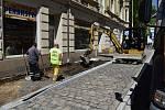 Oprava Bezručovy ulice v Podmoklech jede naplno.