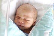 Rodičům Natálii Nádvorníkové a Pavlu Waisovi z Rumburku se ve středu 8. května v 9:58 hodin narodil syn Sebastián Wais. Měřil 49 cm a vážil 3,36 kg.