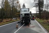 Vážná nehoda u Jiřetína pod Jedlovou.