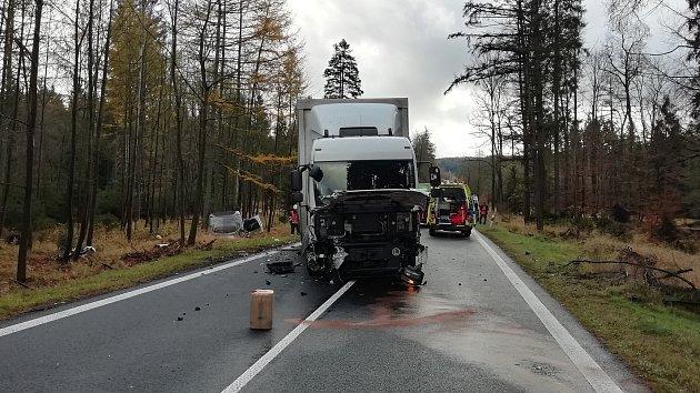 Vážná nehoda u Jiřetína pod Jedlovou