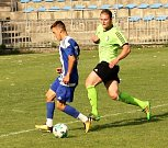 JASNÁ PORÁŽKA. Benešov (zelené dresy) prohrál v Roudnici nad Labem 0:5.
