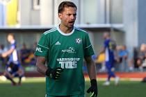 TŘI BODY. Fotbalisté Varnsdorfu (ve žlutém) porazili Jihlavu 2:1 a slaví první vítězství v sezóně.