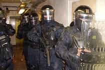 Výcvik se uskutečnil v prostorách ruzyňské věznice