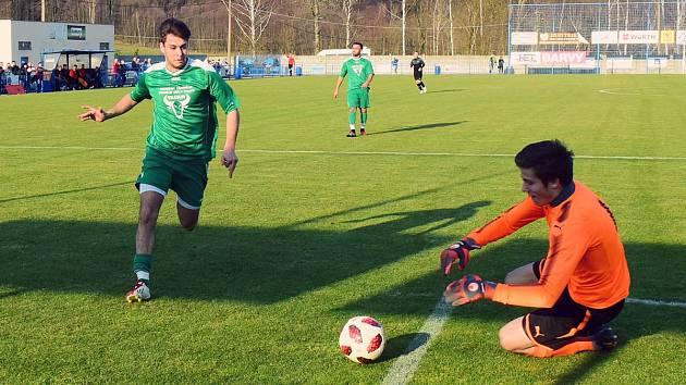 TŘI BODY zůstaly doma. Vilémov (v zeleném) porazil Brnou 3:0.