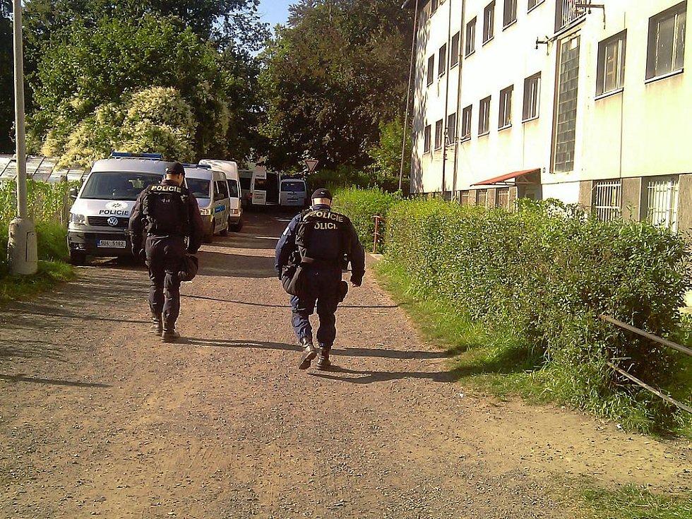 Policisté se připravují na sobotní demonstraci ve Varnsdorfu.