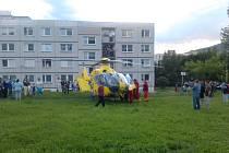 Chlapce musel převézt do nemocnice vrtulník záchranné služby