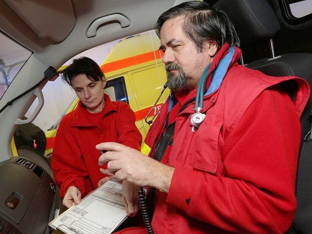 NOVÉ stanoviště děčínské záchranky bylo slavnostně otevřeno ve středu dopoledne.