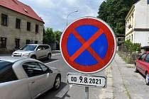 Na Teplické ulici v Děčíně budou od pondělí 9. srpna semafory, ŘSD začne s opravou jejího asi kilometrového úseku.