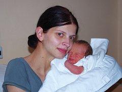 Eliška Benešová, se narodila v ústecké porodnici dne 13. 11. 2013 (1.02) mamince Janě Ryšánkové z Děčína, měřila 47 cm, vážila 2,16 kg.