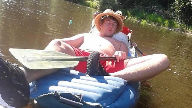 Jakub Kaša trávil dovolenou na vodě.