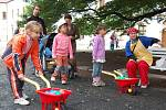 Děti slavily na zámku i v podzámčí