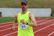 RUMBURSKÝ STADION hostil 1. ročník mítinku v chůzi.