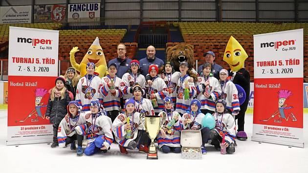 Děčínští hokejisté doma ovládli dobře obsazený turnaj.