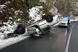Honička v Benešově skončila dopravní nehodou.