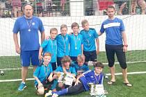 FAPV DĚČÍN U 10 vybojovala v Praze třetí místo.