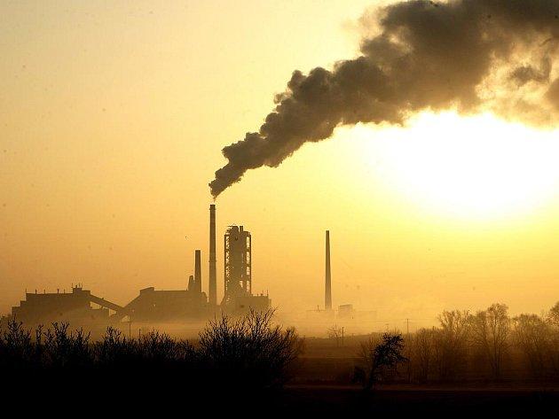Furan vznikne při pálení ostravských kalů v čížkovické cementárně. Spalování povolil Ústecký kraj.
