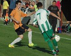 FOTBALISTÉ JÍLOVÉHO zvládli derby na jedničku, v Libouchci zvítězili vysoko 5:0.