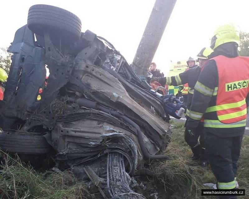 V Jiříkově při nehodě zemřeli dva mladí lidé.