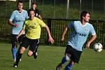 Union Děčín (modrá) doma nestačil na Českou Kamenici a prohrál 1:2.
