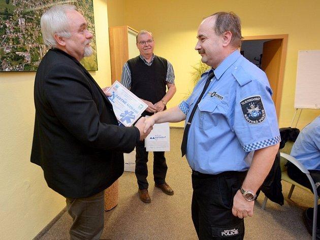 MP Varnsdorf patří k nejúspěšnějším v Ústeckém kraji při používání defibrilátorů.