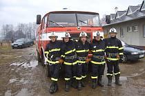 Dobrovolní hasiči z Bynovce musí před každou zimou z cisterny vypustit vodu, znovu ji napouští až v březnu.