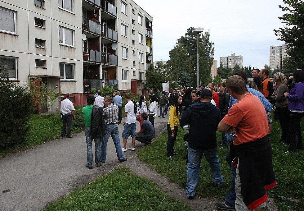 Průběh páteční demonstrace ve Varnsdorfu.