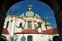 Poutní kaple Panny Marie v České Kamenici.