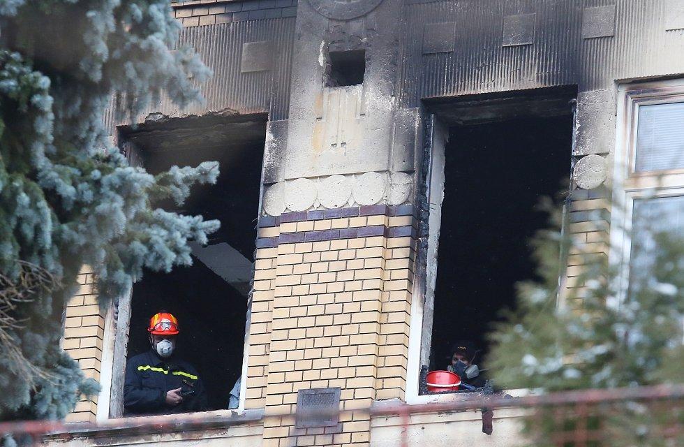 Tragický požár ve Vejprtech.