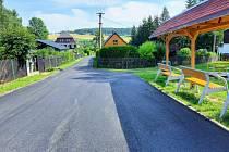 Opravená silnice ve vesnici Kateřina.