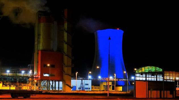 Chladící věž elektrárny Tušimice.