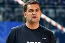 PAVEL BUDÍNSKÝ. Už třetí léto připravuje český národní tým trenér Pavel Budínský, který v MNBL úspěšně vede Děčín.