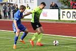 REMÍZA. Fotbalisté Varnsdorfu (v modrém) doma remizovali s Prostějovem 0:0.