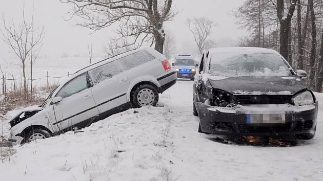 Dopravní nehoda u Studánky 12.2.
