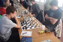 DĚČÍNŠTÍ šachisté remizovali s Mostem.