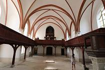 Červený kostel ve Varnsdorfu prochází rekonstrukcí.