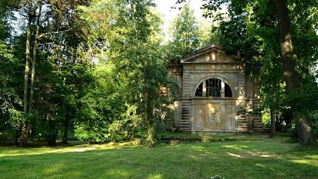 Dittrichova hrobka v Krásné Lípě