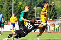 LADISLAV MARTAN právě dává branku v podzimním utkání proti Mostu. Varnsdorf doma vyhrál 4:0.