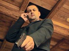 PAVEL BUDÍNSKÝ v roli agenta.