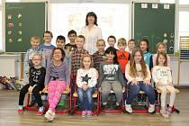 Žáci 1. třídy ze ZŠ Jiříkov s paní učitelkou Lenkou Doležalovou.