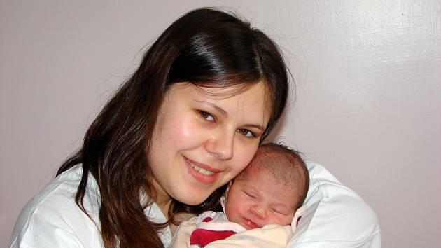 Petře Šarköziové z Krásné Lípy se 5.dubna  v 1.05 v rumburské porodnici narodila dcera Aurelie Sarah. Měřila 46 cm a vážila 2,42 kg.