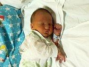 Matyáš Sladký se narodil Kateřině Antoňové z Děčína 5. prosince v 6.55 v ústecké porodnici. Měřil 50 cm a vážil 3,22 kg.