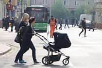 Ulice Prokopa Holého je od víkendu opět průjezdná pro auta.