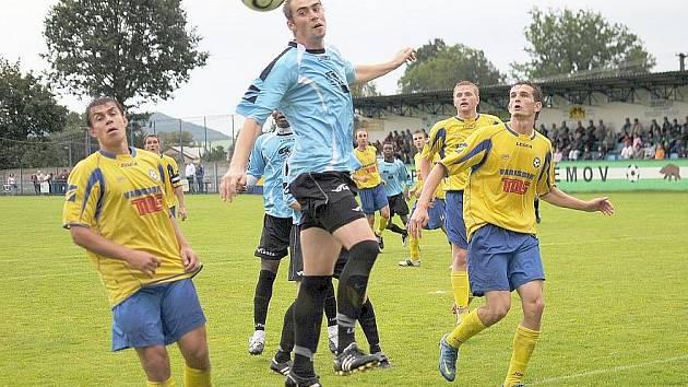 V utkání s třetiligoivým Varnsdorfem hlavičkuje Čuda.
