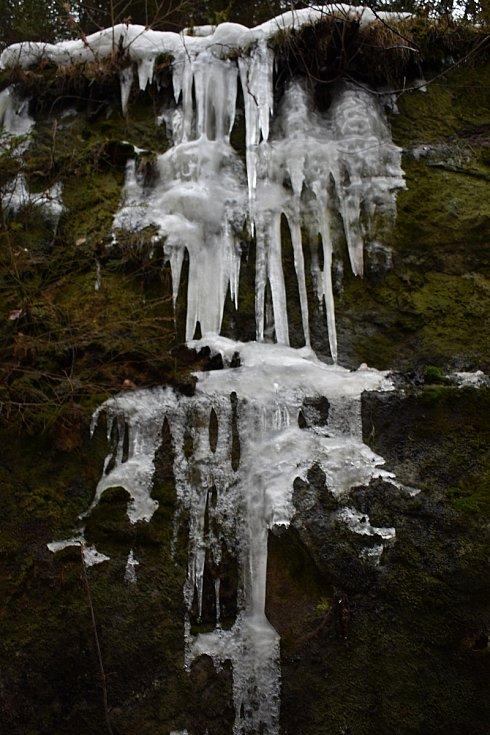 Ledové výtvory u Hřenska